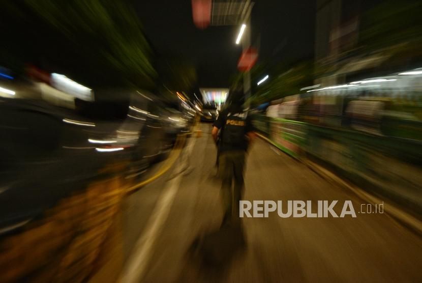Tim Eagle One Sat Reskrim Polres Jakarta selatan melakukan penyisiran di Kawasan Stasiun Manggarai saat operasi premanisme, (ilustrasi)