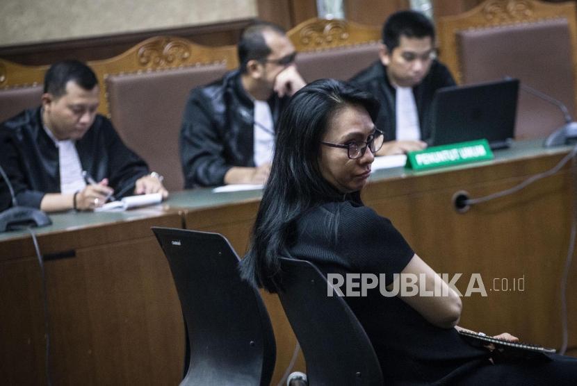 Terdakwa mantan Bupati Kepulauan Talaud Sri Wahyumi Maria Manalip
