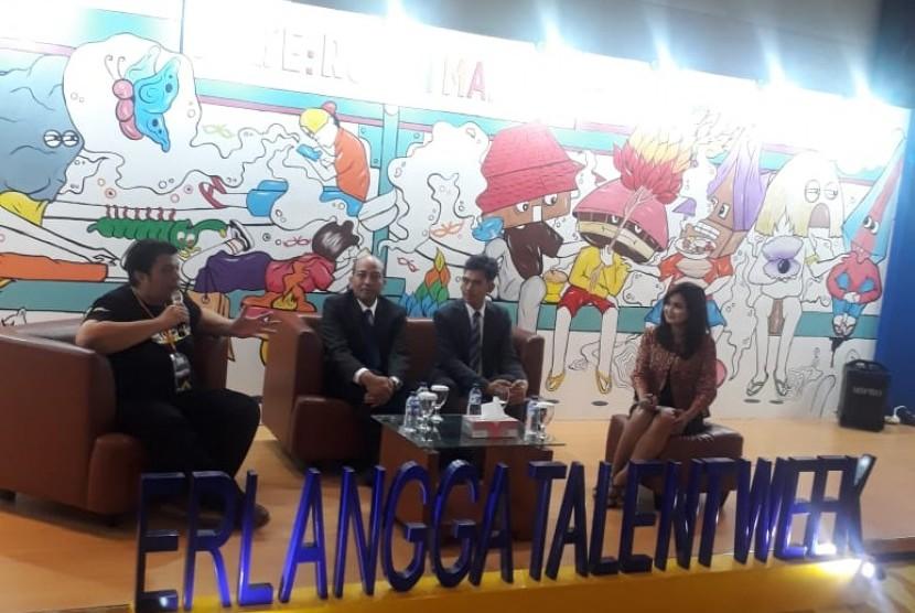 Erlangga Talent Week (ETW) 2018 hari ini resmi dibuka oleh Deputi Pengembangan Pemuda Kementerian Pemuda dan Olahraga. Acara digelar sejal 25 sampai 28 Oktober 2017 di Mal Kuningan City.