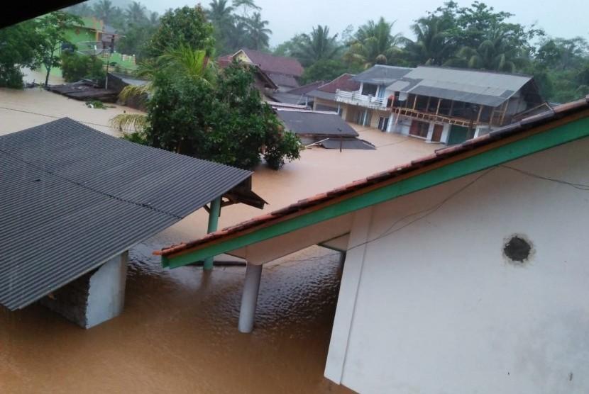 Banjir dan longsor (ilustrasi)