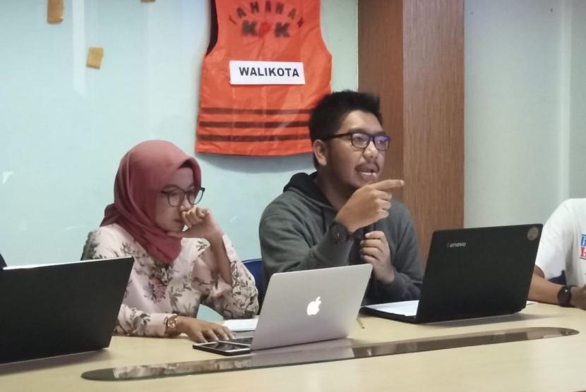 Indonesia Corruption Watch (ICW) menggelar konferensi pers terkait jerat hukum yang menjerat kepala daerah koruptor di Kalibata, Jakarta Selatan. Ahad (16/12)