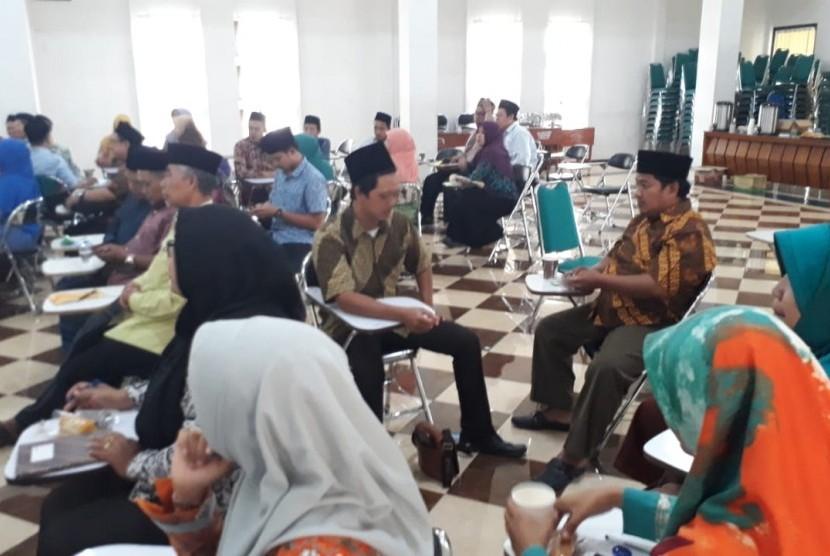 Salah satu kegiatan workshop Gerakan Sekolah Menyenangkan (GSM) di Pondok Pesantren (Ponpes) Tebuireng, Jombang, Kamis (20/12).