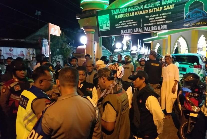 Ormas Islam di Padang batal melakukan dakwah keliling di malam pergantian tahun.