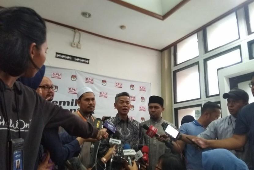 Ikatan Da'i Aceh (IDA) menyampaikan keterangan setelah audiensi dengan KPU, Rabu (16/1). IDA berkonsultasi soal tes baca Al Qur'an untuk paslon capres-cawapres.