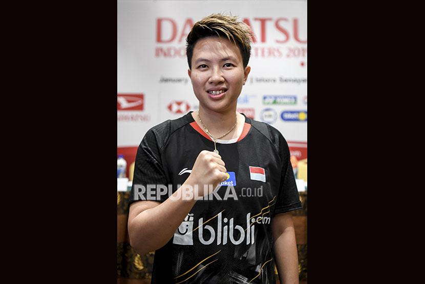 Pebulu tangkis Indonesia Liliyana Natsir berpose usai konferensi pers jelang Daihatsu Indonesia Masters 2019 di Jakarta, Senin (21/1/2019).