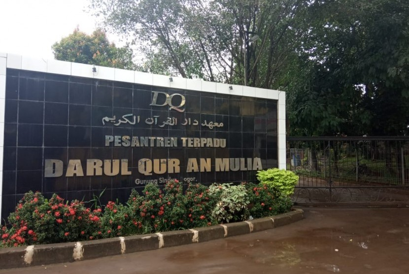 Pesantren terpadu Darul Quran Mulia Gunung Sindur, Bogor.