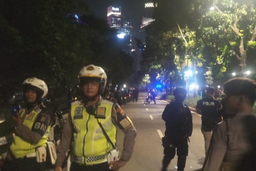 Lokasi sumber suara ledakan yang terjadi di dekat Lapangan Parkir Timur Senayan Jakarta, Ahad (17/2) malam.