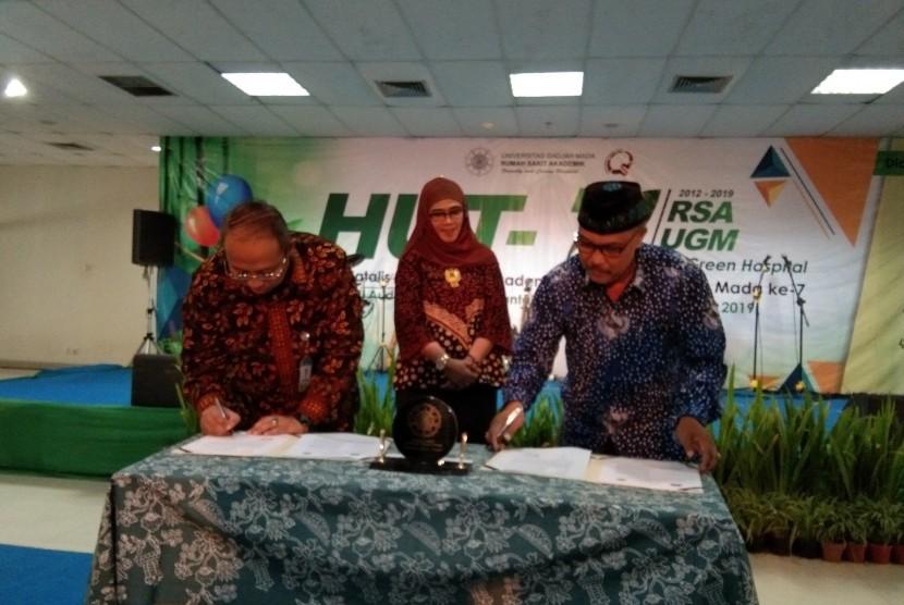 HUT RSA UGM: Peringatan ulang tahun Rumah Sakit Akademik Universitas Gadjah  Mada (RSA UGM).