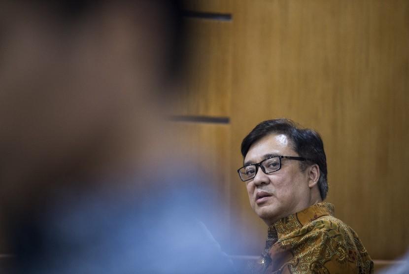 Sidang Billy Sindoro: Terdakwa kasus dugaan suap perizinan proyek Meikarta Billy Sindoro mendengarkan pembacaan putusan saat sidang lanjutan di pengadilan Tipikor, Bandung, Jawa Barat, Selasa (5/3/2019).