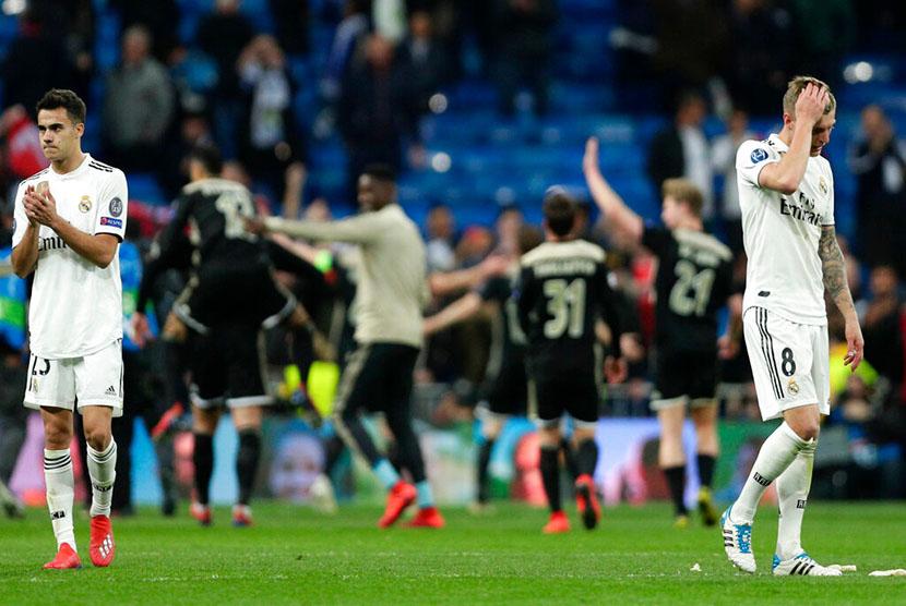 Ajax Amsterdam berhasil membekuk Real Madrid dengan skor 1-4 dalam laga 16 besar Liga Champions di Stadion Santiago Bernabeu, Rabu (6/3) dini hari WIB.