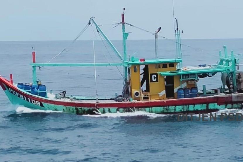 KKP Tangkap Tiga Kapal Berbendera Filipina