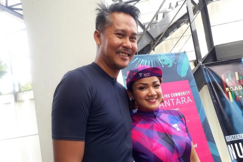 Nirina Zubir dan suami Ernest Fardiyan Syarif