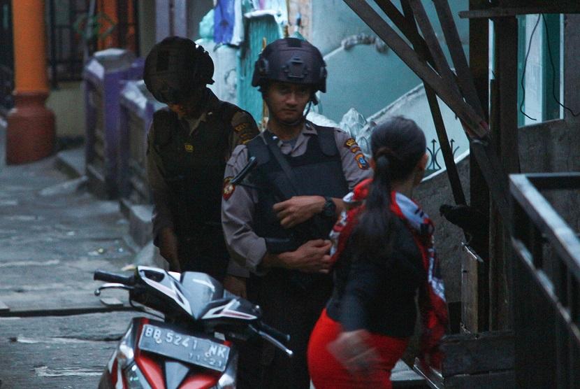 Polisi Masih Bernegosiasi dengan Pemilik Bom di Sibolga