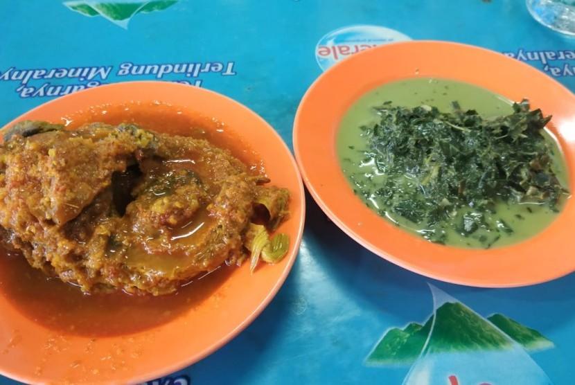 Kuliner Senen Populer Jajaran Lapo Di Terminal Senen Republika