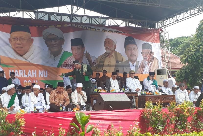 Calon Wakil Presiden nomor urut 01, KH. Ma'ruf Amin saat  menghadiri acara Harlah NU ke-96 yang digelar PWNU Banten di Lapangan Lapas  Anak, Kota Tangerang, Banten, Sabtu (23/3).