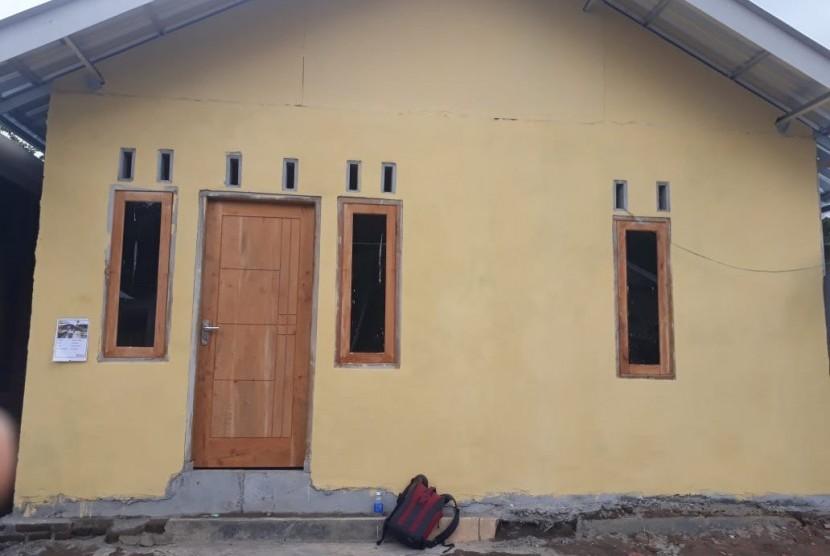 Kondisi rumah tahan gempa yang sudah jadi dan sedang dalam pembangunan di Desa Teratak, Kecamatan Batukliang Utara, Kabupaten Lombok Tengah, NTB (ilustrasi)