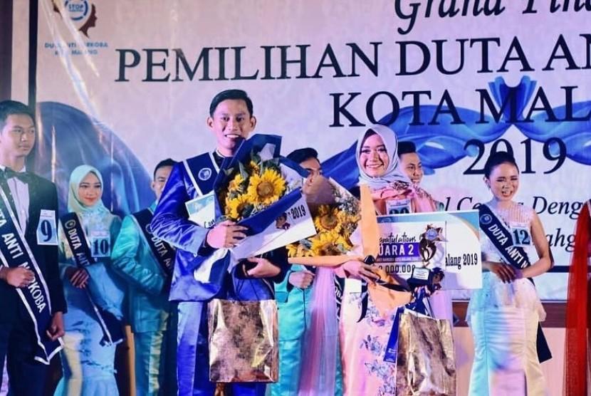 Mahasiswa Universitas Muhammadiyah Malang (UMM), Mafadhotul Zuliatin terpilih  menjadi Duta Anti Narkoba Kota Malang. Pencapaian ini berkat idenya  menggagas aplikasi edukatif bahaya narkoba berbasis android/ iOS.