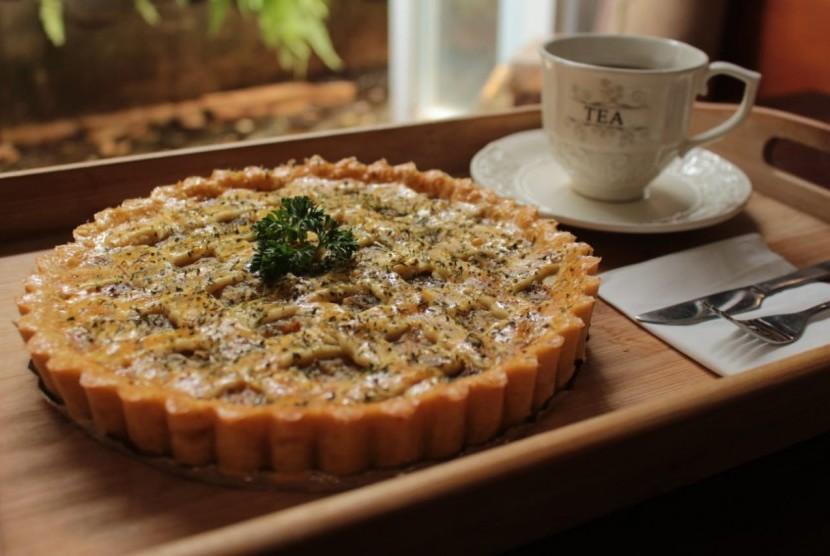 Beberapa varian kue pie dari Zeytin Pie.