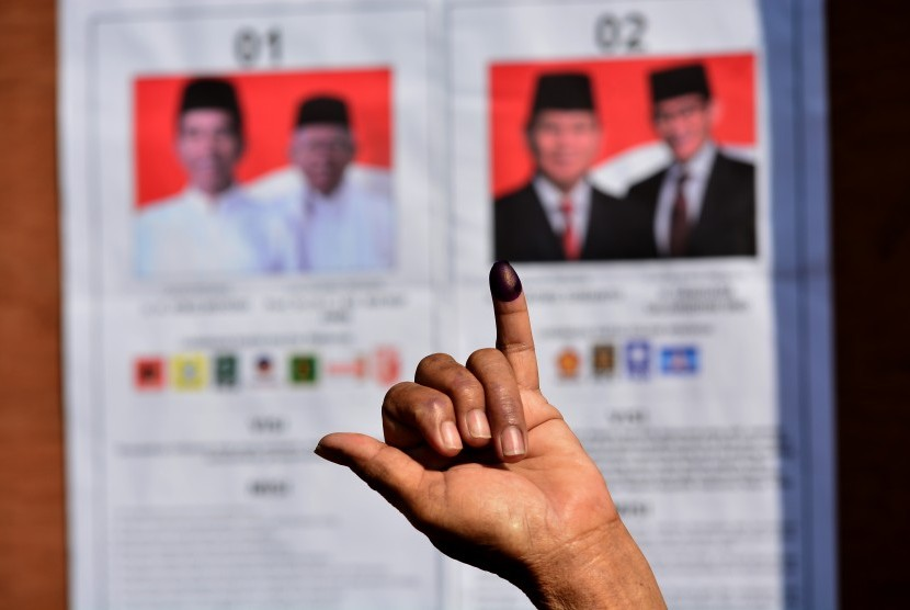 Many police and polling station officers died due to long process of election.