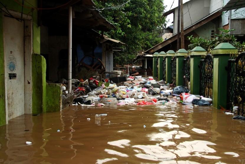 BNPB: Banjir Jakarta, 2 Warga Meninggal dan 2.258 ...