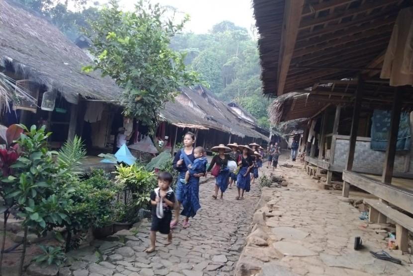 Image result for suku badui