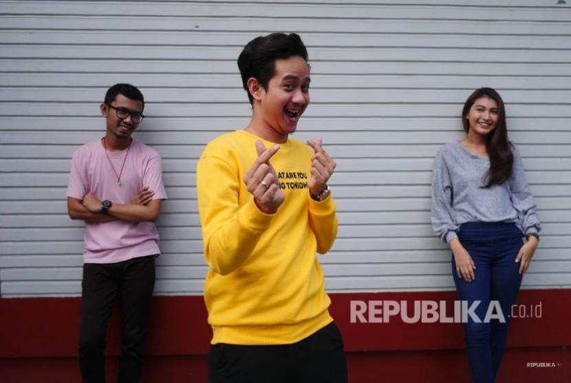 Yoga Arizona, Ridwan Remin, Mentari pemeran film Single 2