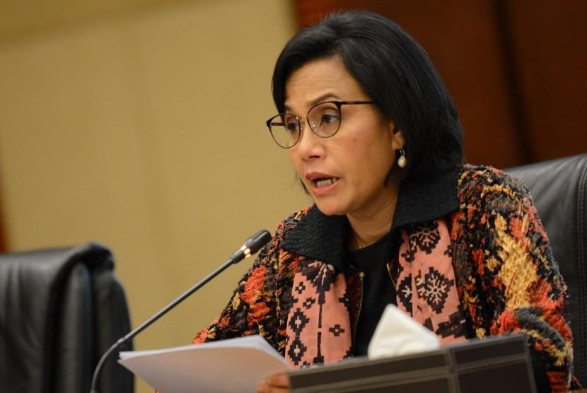 Menteri Keuangan Sri Mulyani memberikan keterangan pers mengenai Pembayaran Tunjangan Hari Raya (THR) 2019 di Kementerian Keuangan, Jakarta, Jumat (24/5/2019).