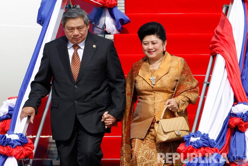 (file foto) Presiden RI ke-6 Susilo Bambang Yudhoyono bersama Ibu Negara Ani Yudhoyono.
