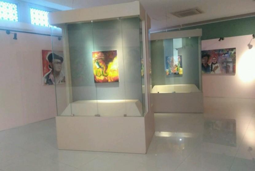 Museum Basoeki Abdullah di Jalan Keuangan Raya, Cilandak, Jakarta Selatan, Selasa (25/6).