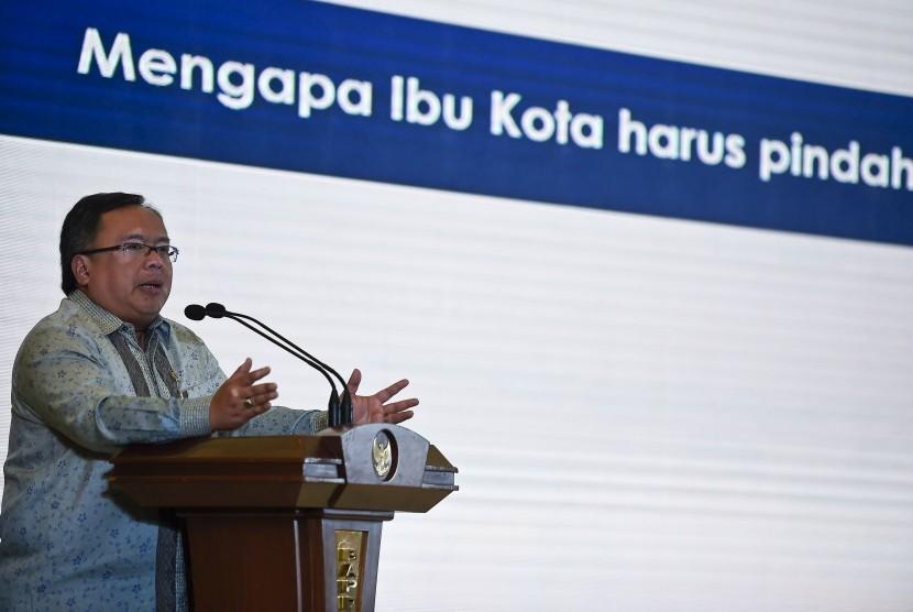 Menteri PPN/Kepala Bappenas Bambang Brodjonegoro memaparkan rencana pemindahan ibu kota dalam diskusi nasional di Kementerian PPN/Bappenas, Jakarta, Rabu (26/6/2019).