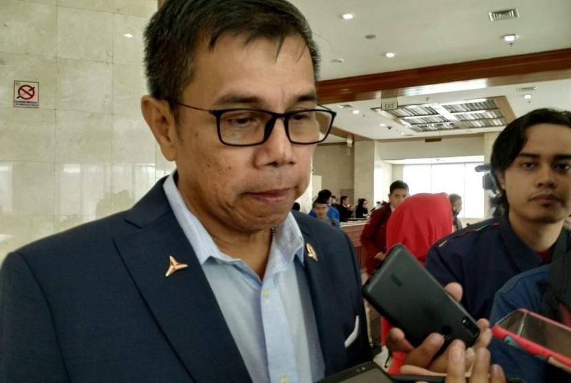 Sekretaris Jenderal (Sekjen) Partai Demokrat Hinca Pandjaitan menyampaikan keterangan di Kompleks Parlemen Senayan, Jakarta, Kamis (4/7).