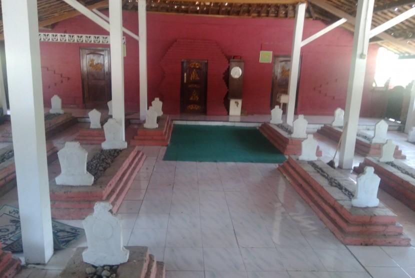Masjid Pasalakan Peninggalan Syekh Syarif Abdurrahman Al Usmani.