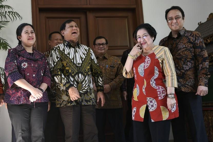 Pengamat Sebut Prabowo-Puan Mungkin Diduetkan