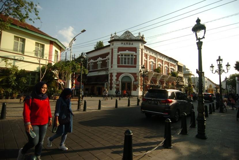 Image result for merubah Kawasan Kota Lama Semarang seperti di Kota Lama Arbat di Moskow