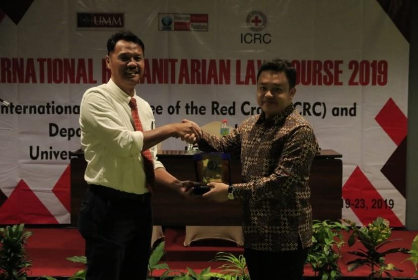 Program Studi Hubungan Internasional Universitas Muhammadiyah Malang (UMM)  memperoleh kepercayaan menjadi tuan rumah Kursus Hukum Humaniter  Internasional dari 19 hingga 23 Agustus 2019.