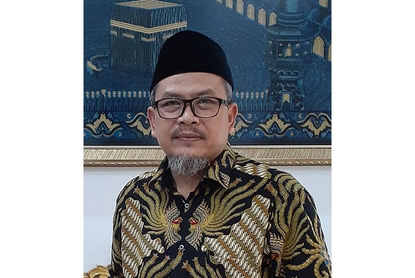 Wakil Ketua Umum Pimpinan Pusat (PP) Persatuan Islam (Persis),