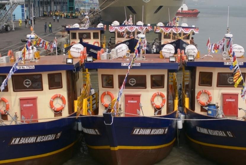 44 pemda di Indonesia mendapat bantuan kapal Pelra.
