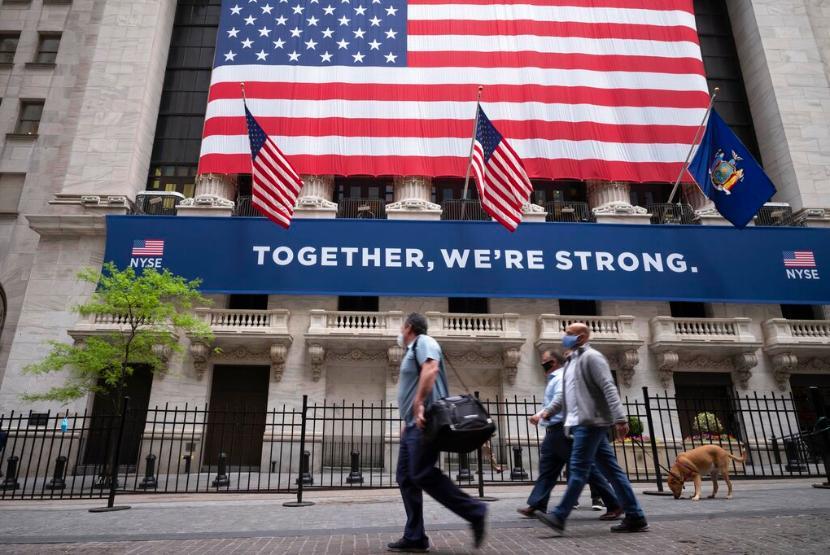 New York akan Longgarkan Pembatasan Sosial Bertahap