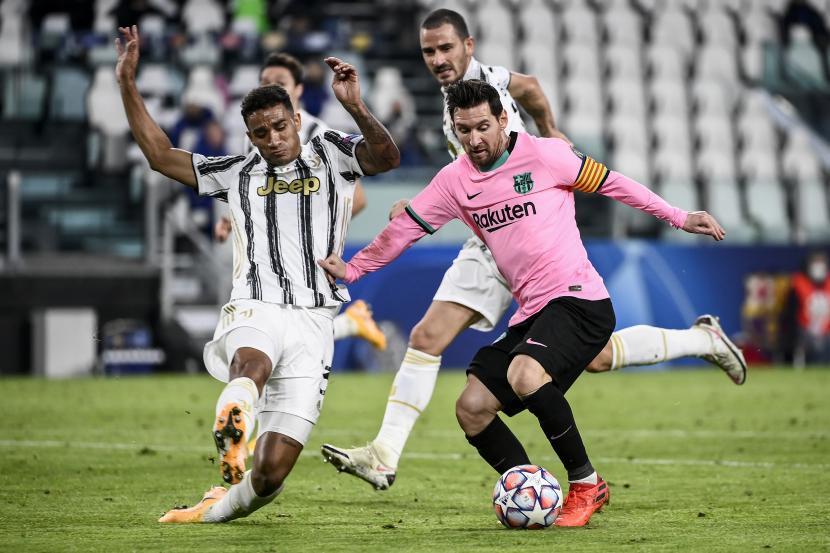 Barcelona Pecundangi Tuan Rumah Menang 2 0 Atas Juventus Republika Online