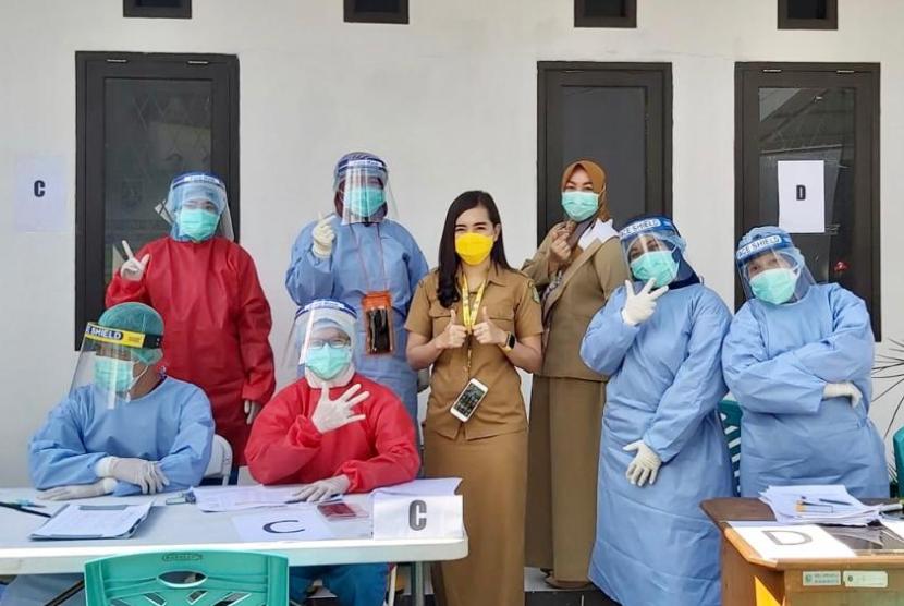 Kepala Bidang Pencegahan dan Pengendalian Penyakit (P2P) Dinas Kesehatan (Dinkes) Kota Sukabumi, Lulis Delawati
