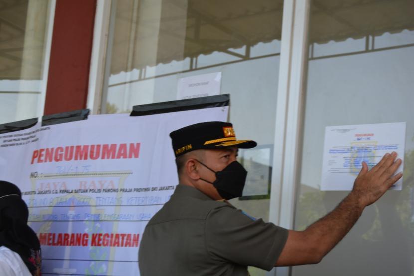 Petugas Satpol PP DKI Jakarta.
