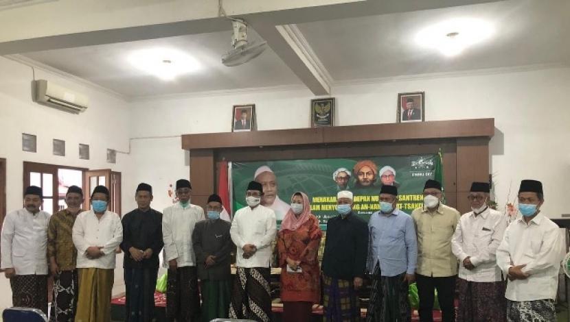 Sejumlah kiai hadir dalam sarasehan kebangkitan ke-2 NU di Pondok Pesantren Al Munawwir, Krapyak, Yogyakarta, Senin (22/3)