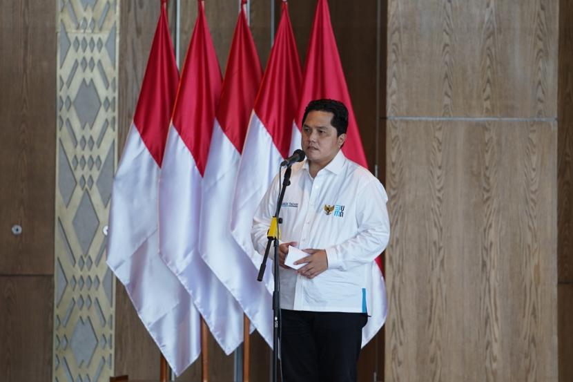 Ketua Umum Masyarakat Ekonomi Syariah (MES) Erick Thohir menyampaikan perkembangan ekonomi syariah kepada Presiden Joko Widodo.