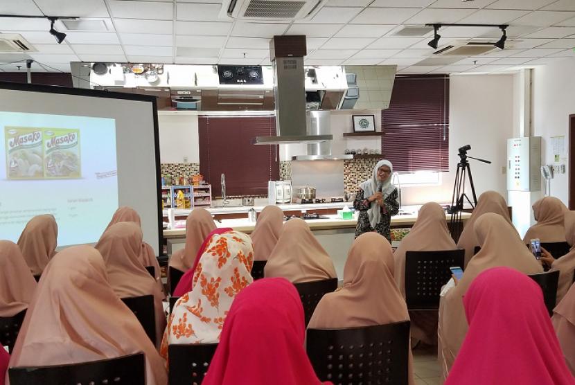 Acara Ajinomoto Indonesia Berbagi di Bulan Penuh Berkah, di Dapur Umami-Ajinomoto Indonesia Head Office.