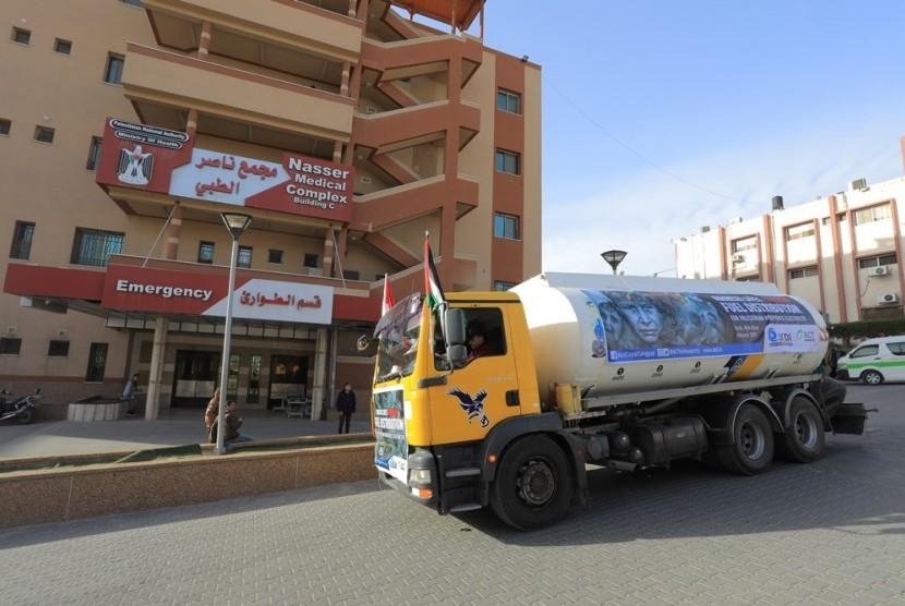 ACT menyalurkan bantuan 100 ribu liter BBM untuk rumah zakit di Gaza.