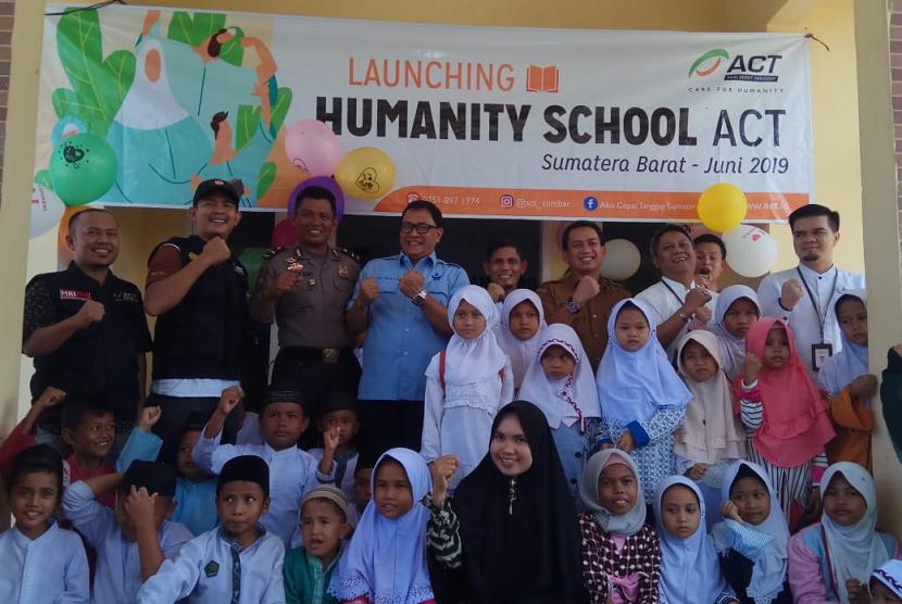 ACT Sumbar melaunching Humanity School bantu pendidikan anak-anak kurang mampu untuk menjadi penghafal Alquran.