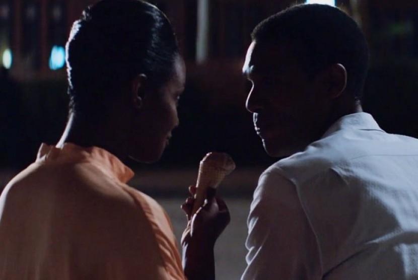 Adegan film Southside with You,  film tentang kisah cinta Obama dan Michelle Obama