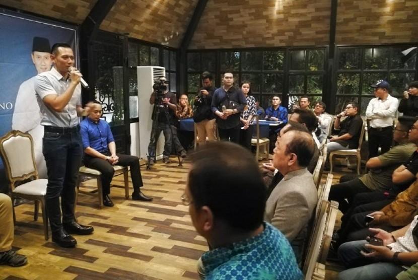 Agus Harimurti Yudhoyono dalam acara halal bihalal di Jakarta, Jumat (20/7)