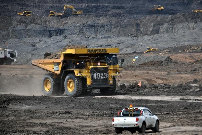 Aktivitas di tambang batu bara (ilustrasi)