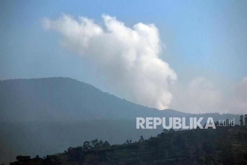 Aktivitas vulkanik Gunung Tangkuban Perahu (ilustrasi)